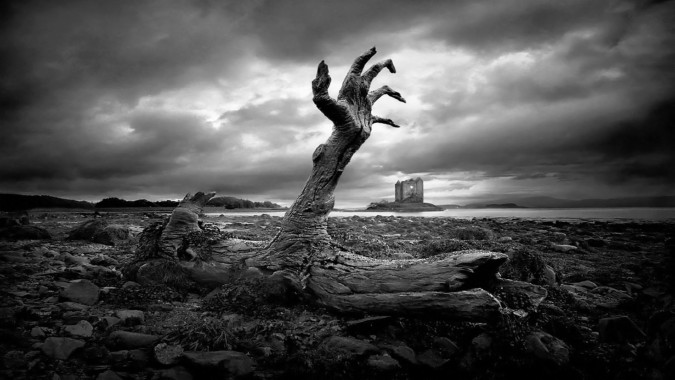 horror wallpaper 1920x1080,black and white,photography,monochrome,table,games  (#677533) - WallpaperUse